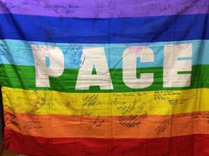 bandiera della pace around the world